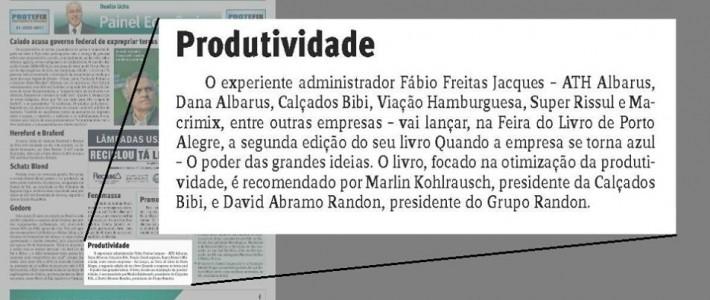 Danilo Ucha registra lançamento do livro em Porto Alegre
